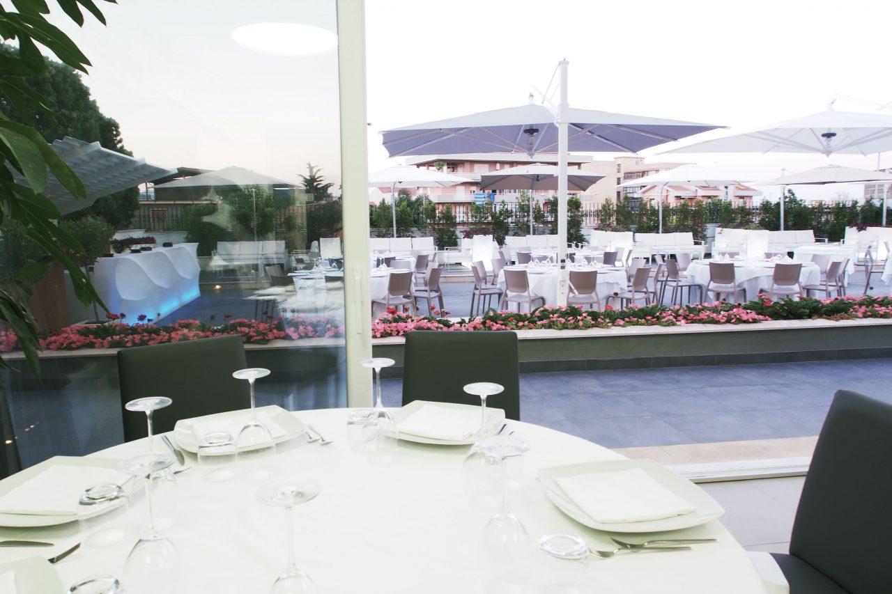 Ristorante pizzeria banqueting il giardino d 39 inverno ristorante giarre - Giardino d inverno in terrazza ...